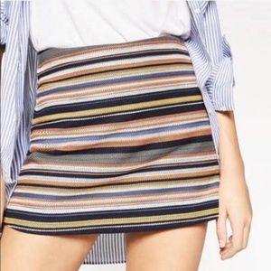 Zara Trafaluc M Multicolor stripe high waist skort